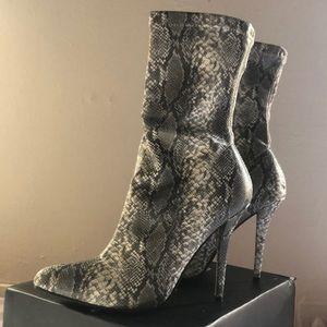 Fashion Nova Shoes - Snakeskin booties